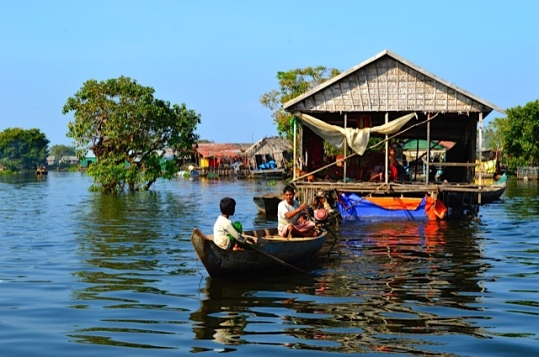 Floating Village, House Moving