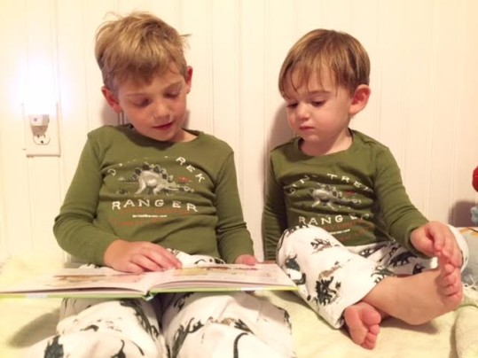 E reading to Ryan